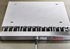 Heizplatten für 450°C mit Anschlusskasten auf Distanz